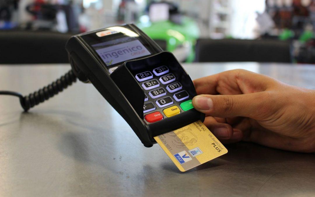 Les frais supplémentaires pour les transactions par carte: c'est fini !